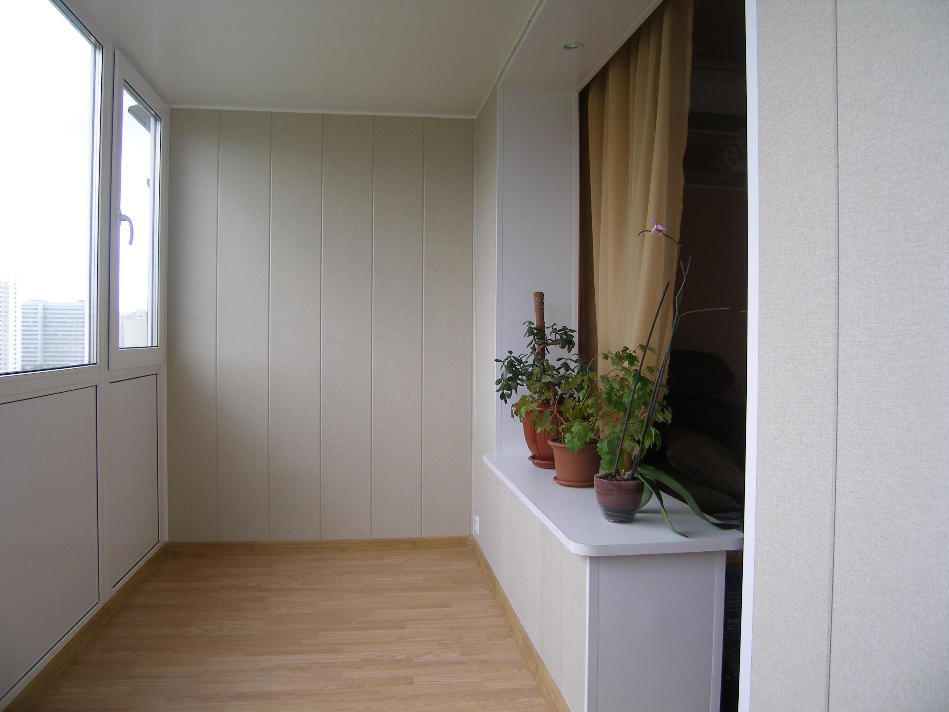 Как отделать балкон своими руками. отделка стен на балконе r.
